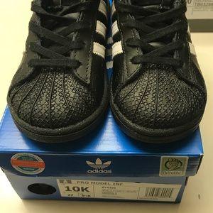 Adidas Adidas Elevata Pro Modelo 665B7c7 Pivot Alto Nei Bambini 665B7c7 Modelo 3242c1